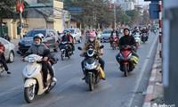 Sau Tết, người dân trở về Hà Nội trong cảnh đường thông hè thoáng