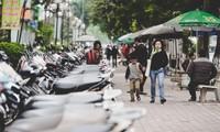 """Giáo sư Phan Văn Trường: """"Người dân thường chỉ thấy cái lợi trước mắt của nền kinh tế vỉa hè"""""""
