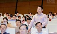 """""""Số tiền nợ xấu có thể xây được 3 sân bay Long Thành"""""""
