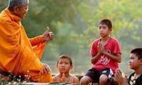 Khẩu nghiệp và bài học từ Đức Phật: Tu cái miệng là tu hơn nửa đời người