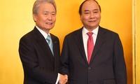 Thủ tướng đối thoại với các tập đoàn thành viên Keidanren, Nhật Bản