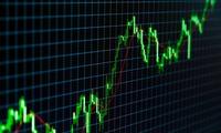 Khối ngoại đẩy mạnh mua ròng 300 tỷ trong phiên đầu tuần, tập trung cổ phiếu chứng khoán