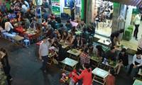 """Xử lý lấn chiếm vỉa hè ở Hà Nội: Vẫn có nơi """"ném đá ao bèo"""""""