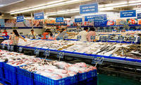 Metro bị phạt vì bán thịt nhiễm khuẩn