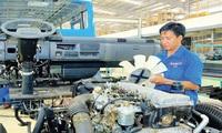 Nhập ốc vít, Việt Nam vẫn kiên trì giấc mơ ôtô nội