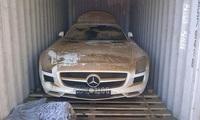 Hình ảnh siêu xe Mercedes-Benz SLS AMG trị giá 11,8 tỷ rơi xuống biển