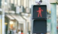 Xem clip này xong, bạn sẽ muốn dừng lại thêm khi chờ đèn đỏ!