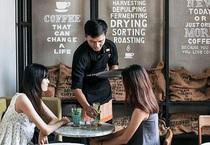 Cuộc cãi nhau cực lớn giữa lãnh đạo The Coffee House: Khách đưa voucher hết hạn, bạn sẽ từ chối hay sẵn lòng tặng họ cốc cà phê miễn phí?