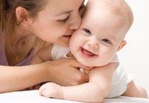 """Thị trường bán lẻ mẹ và bé: """"Đứa trẻ"""" 7 tỷ đô không dễ tính"""