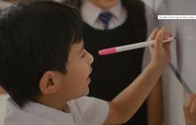 """Singapore không còn đánh giá kết quả học tập bằng điểm số, đến bao giờ phụ huynh Việt Nam mới thôi so sánh con mình với """"con nhà người ta""""?"""