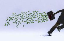 """Vội vàng """"thoát hàng"""" mong vợt lại giá thấp, nhiều nhà đầu tư bất ngờ khi chứng khoán đảo chiều nhanh"""