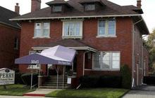 Mỹ: Phát hiện hơn 60 thi thể trẻ sơ sinh và thai nhi giấu trong nhà tang lễ
