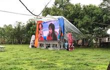 Nhà Quang Hải thành 'sân vận động' sức chứa 6.000 khán giả