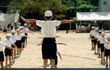 Lý do người Nhật sống lâu nhất thế giới: Suốt 90 năm toàn dân thực hiện đúng 1 'bài tập thể dục quốc dân' vào mỗi sáng!