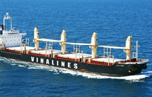 Vinalines tham gia vận tải than từ Australia về Việt Nam