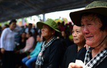 CHÙM ẢNH: Hoa và nước mắt trong ngày tiễn biệt cố Thủ Tướng Phan Văn Khải về với đất mẹ