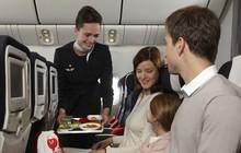 Sự thật về thực phẩm và đồ uống trên máy bay có thể bạn chưa bao giờ biết
