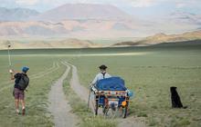 """Trải nghiệm """"độc nhất vô nhị"""" tại sân golf dài nhất thế giới: Bằng khoảng cách từ Hà Nội đến Đà Lạt"""