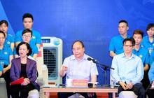 Thủ tướng 'gỡ' nhiều nỗi lo cho công nhân