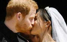 Những khoảnh khắc lãng mạn nhất trong đám cưới Hoàng tử Anh