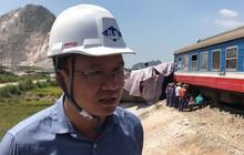 Ông Khuất Việt Hùng vào hiện trường chỉ đạo xử lý vụ lật tàu tại Thanh Hóa