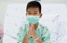 Hình ảnh mới nhất về 12 cậu bé và huấn luyện viên đội bóng thiếu niên Thái Lan