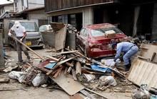 Hình ảnh mới về thiệt hại nặng nề do lũ lụt gây ra ở Nhật Bản