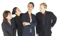 Tâng bốc cũng là một môn nghệ thuật: Nhân viên muốn nịnh sếp cần biết mẹo sau
