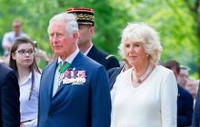 """Không phải là """"bà nội"""", Hoàng tử George và Công chúa Charlotte gọi bà Camilla bằng cái tên kỳ lạ, không có lời giải thích"""