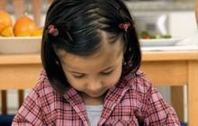 Theo phương pháp Montessori thì đây là 10 việc nên để con tự làm