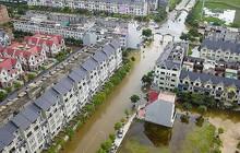Nỗi lo trộm cắp, ngập nước ở 'làng' biệt thự triệu đô Hà Nội