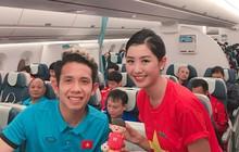 """Nữ tiếp viên hàng không xinh đẹp gây """"bão mạng"""" khi chụp ảnh cùng đội tuyển Việt Nam, tiết lộ bất ngờ về Quang Hải"""