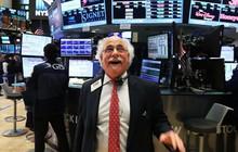 Cổ phiếu của Goldman Sachs tăng mạnh nhất trong 10 năm qua, phố Wall tăng điểm nhờ sóng ngân hàng
