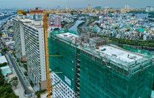 Cất nóc tháp C - Diamond Lotus Riverside Bức tường xanh giữa lòng Sài Gòn
