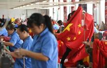 Nikkei: Chiến tranh thương mại bóp nghẹt Trung Quốc khi tăng trưởng giảm quý thứ 2 liên tiếp, nhiều công ty đồng loạt chuyển sang Việt Nam