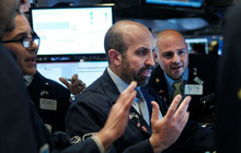 Thị trường đặt kỳ vọng lớn vào thoả thuận thương mại Mỹ - Trung, S&P 500 tiến sát mức cao nhất mọi thời đại
