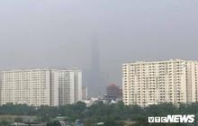 Sương mù dày đặc bao phủ TP.HCM, nhiều người khó thở