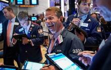 Dow Jones, S&P 500 leo lên đỉnh lịch sử nhờ cổ phiếu Disney bứt phá