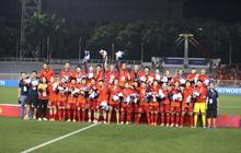 Vingroup tặng thưởng cho tất cả các VĐV Việt Nam giành huy chương tại SEA Games 30, riêng đội tuyển bóng đá nữ mỗi cầu thủ được tặng 1 xe VinFast Klara