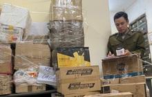 Thu giữ hơn 1.500 sản phẩm thực phẩm chức năng, mỹ phẩm,...không rõ nguồn gốc xuất xứ tại Hà Nội