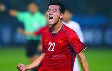 """Hòa 2-2 bất chấp bị dẫn trước, Việt Nam thẳng tiến vào bán kết, biến Thái Lan thành """"cựu vương"""""""