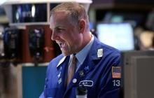Hứng khởi nhờ số liệu việc làm khả quan, Dow Jones bứt phá hơn 300 điểm, S&P 500 hồi phục hoàn toàn sau đà giảm 3 phiên liên tiếp
