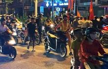"""Hàng loạt xe máy """"đi bão"""" sau trận thắng của U22 Việt Nam bị tạm giữ"""