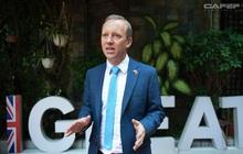 """Đại sứ Anh nói """"ấn tượng với sự phát triển của du lịch Việt Nam"""" bằng tiếng Việt"""