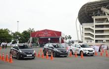 Tranh nhau lái thử VinFast Fadil: Có người đặt mua ngay sau khi trực tiếp cầm lái