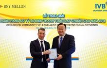 """IVB nhận giải thưởng""""ngân hàng có tỷ lệ điện thanh toán đạt chuẩn cao"""" 4 năm liên tiếp"""