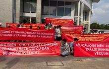 TPHCM: Người dân kéo lên UBND quận đòi nhà
