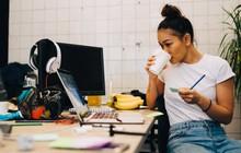 """10 phút đầu tiên đã mắc hàng loạt sai lầm này, cả ngày làm việc của bạn coi """"đi tong"""": Đây là lý do khiến bạn cố mãi cũng không thăng tiến được"""