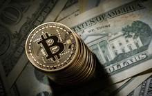 """Giá Bitcoin """"lặng lẽ"""" vượt 9.000 USD, hàng loạt đồng tiền kỹ thuật số khác tăng theo"""