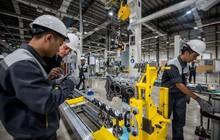 Bên trong xưởng sản xuất động cơ ô tô đầu tiên tại Việt Nam của VinFast có gì?